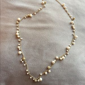 NWOT Anne Taylor gold pearl & rhinestone necklace